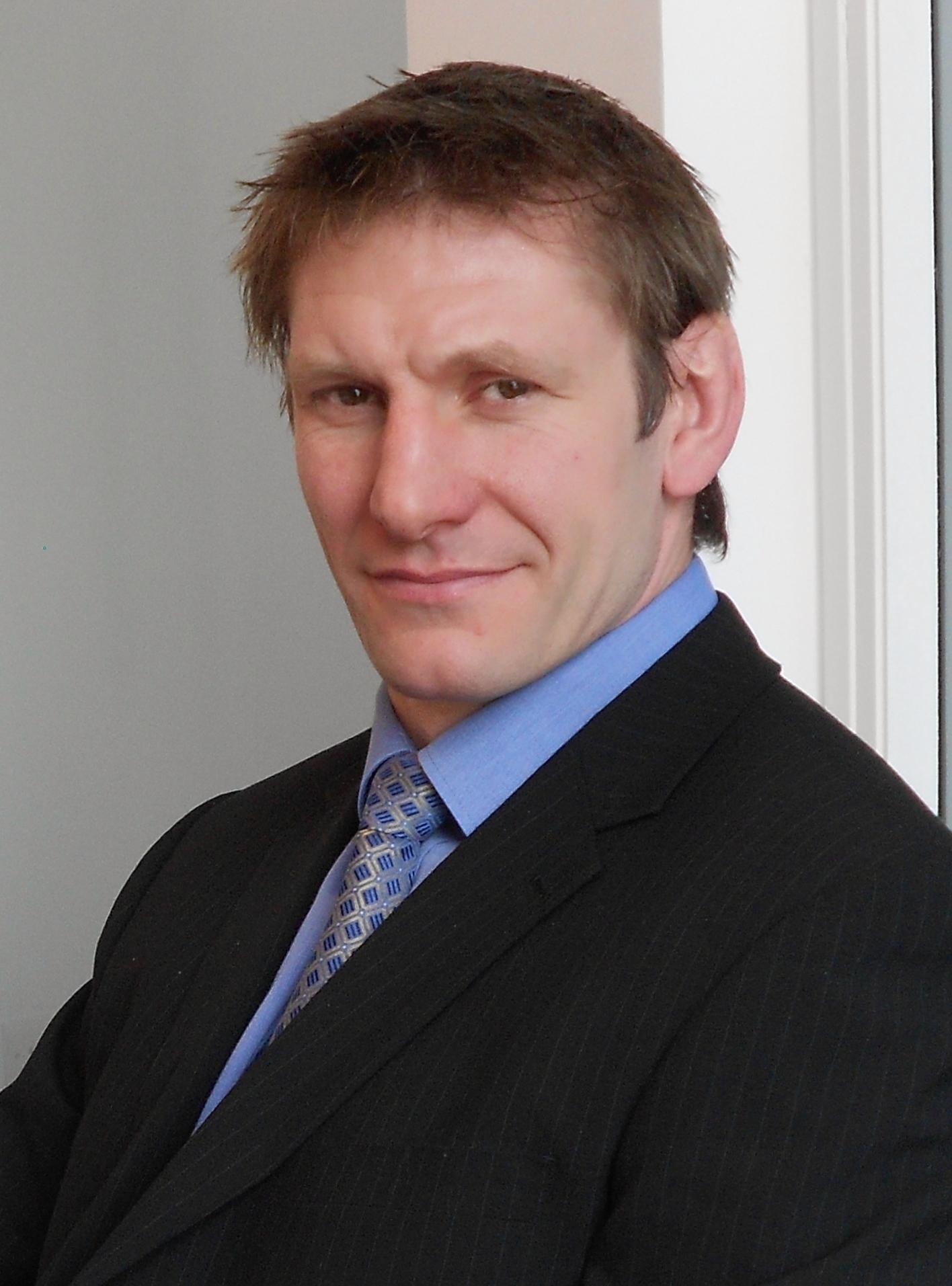 6 Gavin Kerr